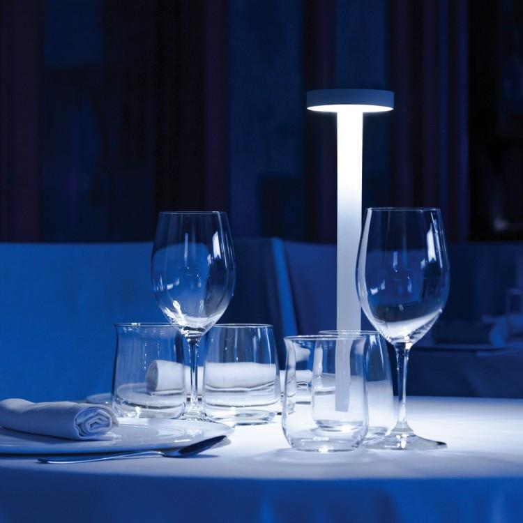 Tetatet lampada da tavolo davide groppi attanasio shop - Lampada led da tavolo ricaricabile ...