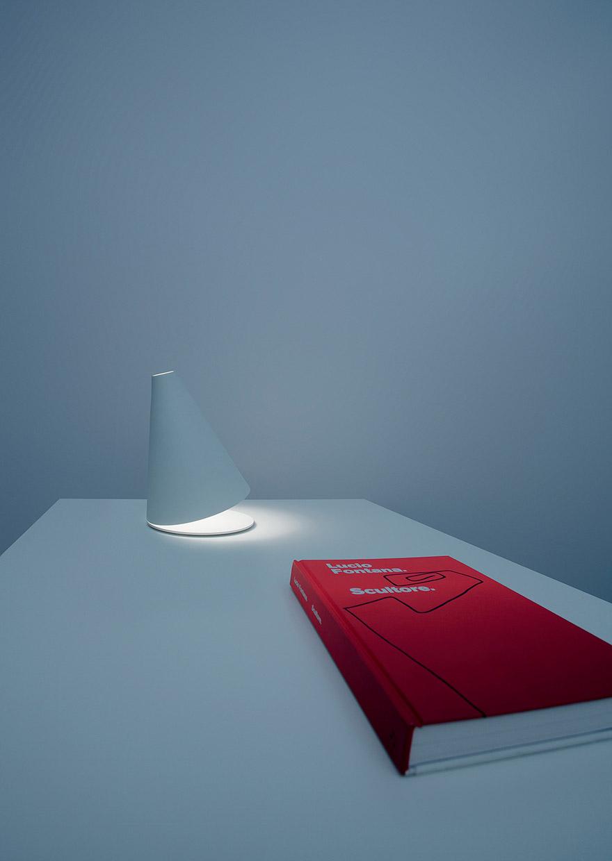 Lampada Palpebra by Davide Groppi
